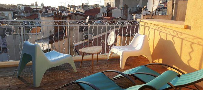 Marseillen kattojen yllä