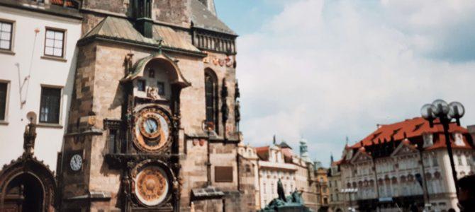 Ihkaeläviä enkeleitä Prahassa